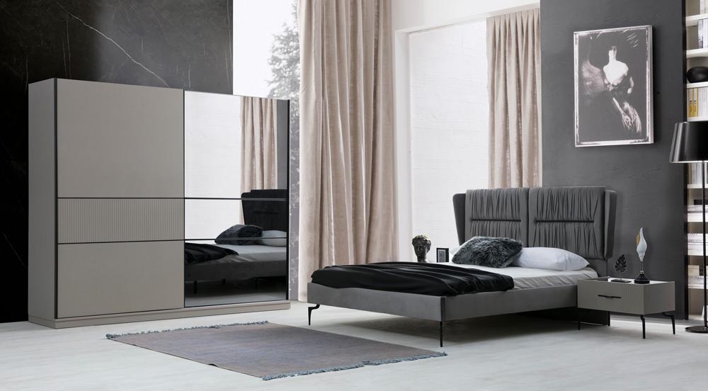Salda Yatak Odası